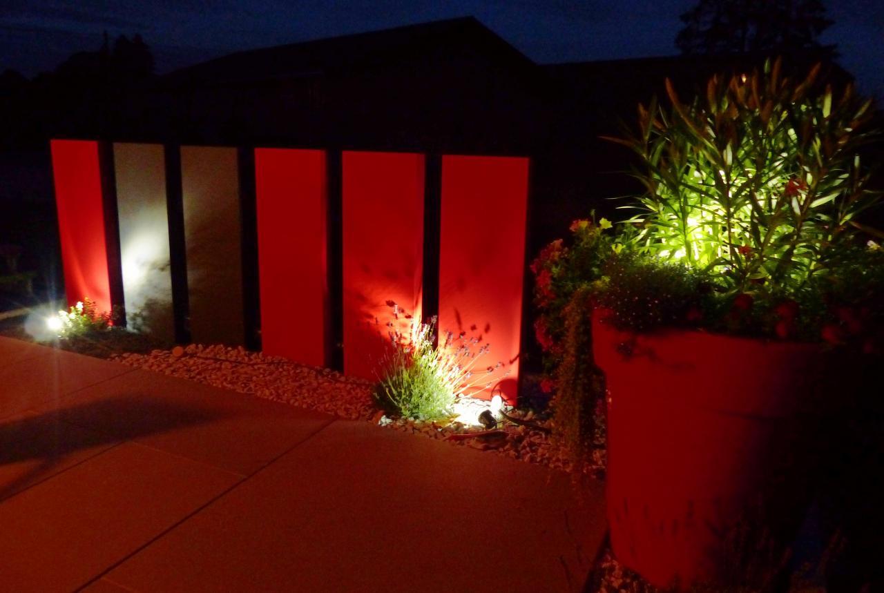 Aménagement paysager, palissades couleur vue de nuit