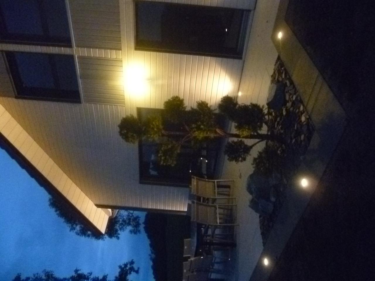Aménagement paysager, vue de nuit